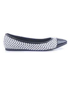 Take a look at this Claudia Ghizzani: Black & White Zig-Zag Ballerinas by Lacey's on #zulily today!