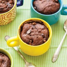 Chocolate mug cake - via MommyGearest. I used half the sugar, a touch of extra cacao, half the chocolate chips and added chopped walnuts. And WOW.
