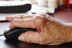 Ismerje fel idejében a reuma tüneteit ! A reumatoid artritisz, ahogy a legtöbb reumatikus megbetegedés, az orvostudomány mai állása szerint nem gyógyítható