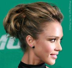 Como hacer un recogido con pelo corto · Peinados Recogidos