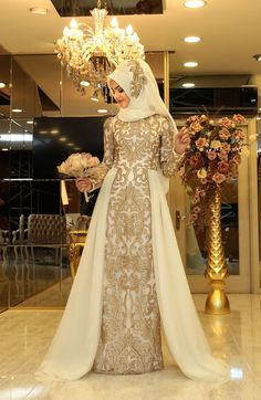 Outstanding Long Luxurious Gown with Hijab for Formal Looks – Girls Hijab Style & Hijab Fashion Ideas Bridal Hijab, Muslim Wedding Dresses, Hijab Bride, Muslim Brides, Muslim Dress, Bridal Dresses, Islamic Fashion, Muslim Fashion, Hijab Gown