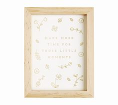 Add a little inspiration to your everyday and make your surroundings beautiful with this wooden frame featuring a limited edition print. Use it as a daily reminder to follow your dreams or add your favourite photos for a gorgeous memento.