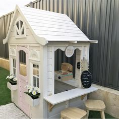 Summertime Project – Build a Playhouse for Your Kids Kids Indoor Playhouse, Backyard Playhouse, Build A Playhouse, Indoor Playground, Kids Cubby Houses, Kids Cubbies, Play Houses, Wendy House, Home Hacks