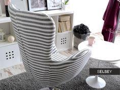 Fotel obrotowy Jacob w paski na chromowanej podstawie - idealny sposób na przytulny i stylowy salon Bean Bag Chair, Furniture, Home Decor, Living Room, Decoration Home, Room Decor, Home Furnishings, Bean Bags, Arredamento