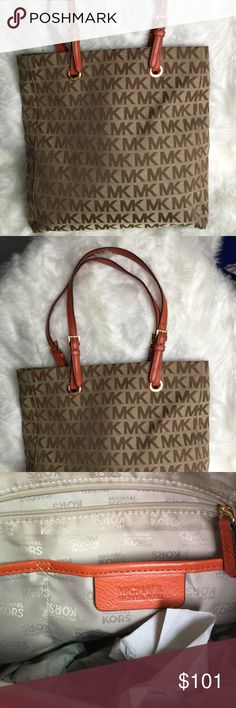 Selling AUTHENTIC MICHEAL KORS Bag Selling a NEW-  MK purse. Fits a tablet or a laptop. I literally wore it about 3 times. Nothing ripped and no tears. If you have an offer, let me know. Michael Kors Bags Totes