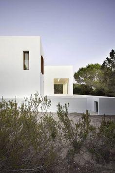 Amalia House / Marià Castelló Martínez