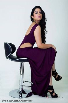 Get Charmi Kaur Hot Picture or Sexy Photos and Bikini Images Gallery Showing her Sizzling Spicy Cleavage and Navel in Saree or HD HQ Wallpapers. South Indian Actress Hot, Indian Film Actress, Indian Actresses, Charmi Hot Photos, Chitrangada Singh, Charmy Kaur, Bikini Images, Indian Celebrities, Bollywood Celebrities