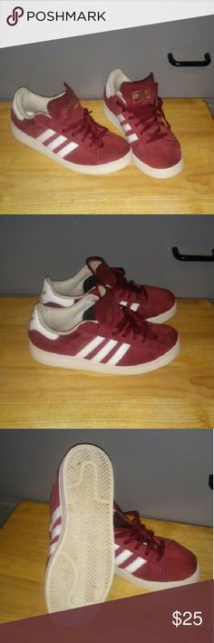 Adidas Campus Boy's Shoes Shoe are burgundy suede color .Shoe has normal wear,but still good shoes. Size:5 Adidas Campus Shoes Sneakers