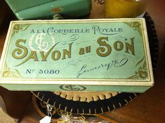 French package #vintage #flourish #typography