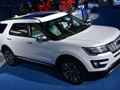 new ford explorer platinum pushes the suv upscale pictures page 8