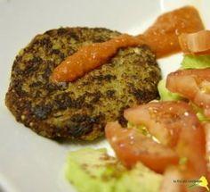 Hamburguesas vegetarianas de nueces « Bebés y Especias Quinoa, Baked Potato, Sausage, Steak, Potatoes, Sweets, Baking, Ethnic Recipes, Food