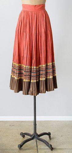 sierra vistas skirt   vintage 1950s skirt
