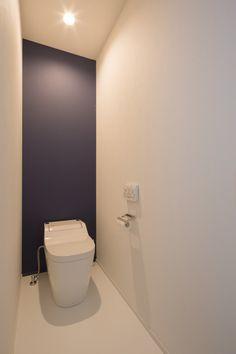 プライベートテラスがある家・間取り(愛知県大府市) | 注文住宅なら建築設計事務所 フリーダムアーキテクツデザイン Toilet Room, New Toilet, Toilet Design, Beautiful Bathrooms, Dream Bedroom, Wall Colors, Master Bath, Shower, Interior