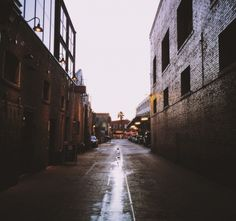 Pasadena days. ruben_i | VSCO Grid  #oldpasadena #pasadena #california #architecture #alleyways #vscocam