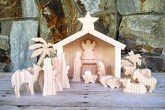 Wooden nativity scene Wooden nativity set di WoodenYaPlay