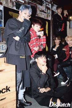 [GIF] 171108 Photoshoot Group Update by Naver X Starcast Seungkwan, Wonwoo, Jeonghan, Carat Seventeen, Seventeen Debut, Hip Hop, Kpop, Debut Photoshoot, Vernon Chwe