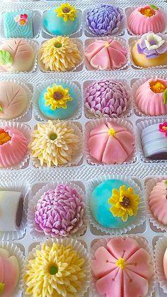 Wagashi by Lynn Yang Japanese Food Art, Japanese Snacks, Japanese Sweets, Asian Desserts, Sweet Desserts, Dessert Recipes, Wagashi Recipe, Eclairs, Strawberry Mochi