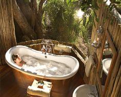 10 salles de bains naturelles et magiques. La 3e va vous faire craquer!