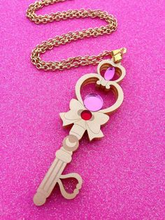 Sailor Moon Time Key Necklace from Geeky Wears on Etsy Sailor Moon Brooch, Sailor Moon Jewelry, Sailor Moon Outfit, Sailor Chibi Moon, Sailor Moon Crystal, Sailor Moon Collectibles, Sailor Moon Merchandise, Moon Time, Moon Princess