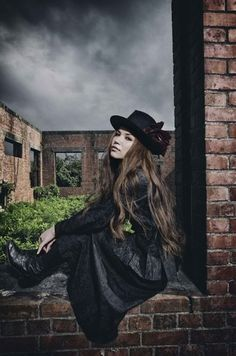 越智志帆 Superfly, Rock Bands, Cowboy Hats, Goth, Style, Music, Fashion, Gothic, Swag