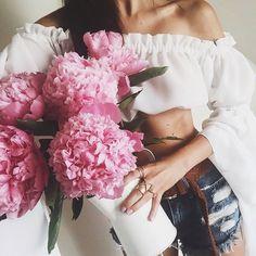 Flower power, baby//