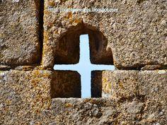 http://photoxperiences.blogspot.com.es/2014/08/unusual-combat-insolito-combate-oropesa.html Oropesa castle. Castillo de Oropesa. Toledo, Spain.