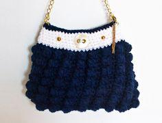 Handtasche - KNOPFKOPF Tasche / Marine, Weiß, Gold / Noppen - ein Designerstück von KnopfKopfMuetze bei DaWanda