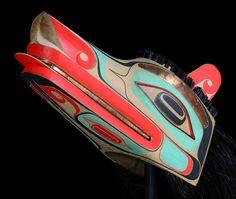 Wolf Headdress by William Kuhnley, Nuu-chah-nulth (Ditidaht) artist Native Style, Native Art, Native American Art, Wolf Headdress, Wolf Mask, Inuit Art, Tlingit, Northwest Territories, Wolf Design