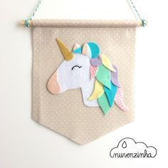Flower and animal felt craft projects you will love. Diy Crafts For Girls, Diy And Crafts, Unicorn Birthday Parties, Unicorn Party, Easy Felt Crafts, Unicorn Banner, Craft Projects, Sewing Projects, Felt Kids