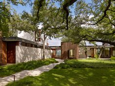 Gallery of Lakeview Residence / Alterstudio Architecture - 15