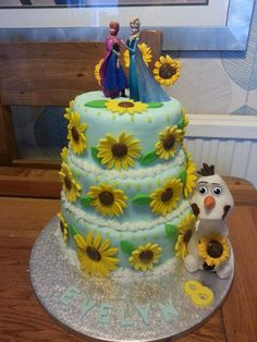 Frozen fever cake.