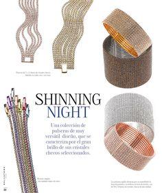 Una colección de pulseras y pendientes de aro muy versátil y que se caracteriza por el gran brillo de sus cristales checos expresamente seleccionados.  Ver más coleccion en www.salvatore.es