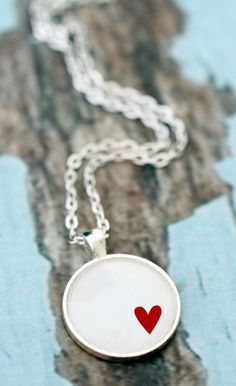 Red Heart on White. Glass necklace in silver