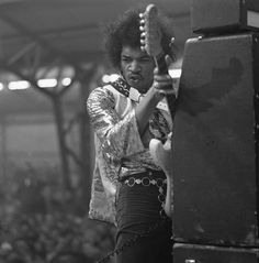 September Jimi Hendrix passed away in 1970 - Bob Dylan related . Psychedelic Rock, Bob Dylan, Beatles, Hard Rock, Historia Do Rock, El Rock And Roll, Jimi Hendrix Experience, Live Rock, Thing 1