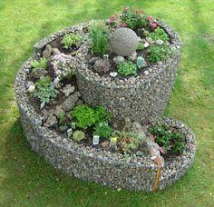 Herb spiral | herb spiral - new twist | Garden Fun