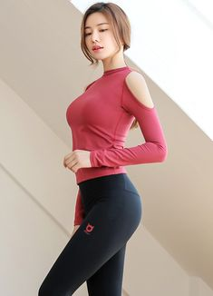 Korean Women`s Fashion Shopping Mall, Styleonme. Beautiful Girl Photo, Beautiful Hijab, Beautiful Asian Women, Pretty Asian Girl, Cute Asian Girls, Cute Girls, Girl Photo Download, Poses Modelo, Girls In Leggings
