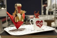 #vitra #TheWoodenDollLittleDevil #LoveCoffeeMug #ClassicTrays #HeartShapedConeChair