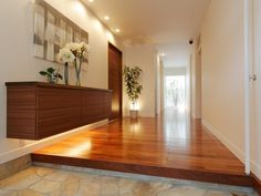 玄関 Entrance Ways, Entrance Design, Style At Home, Sakura House, Japanese Modern House, Japanese Interior Design, Underground Homes, Residential Lighting, Ideal Home