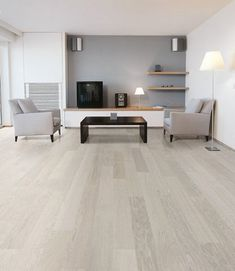 Oak Wood Flooring Interior Design Ideas Parky Lounge Brushed Silver Grey « Interior Images, Photos and Pictures Gallery Light Grey Wood Floors, White Oak Floors, Grey Flooring, Grey Walls, Hardwood Floors, Grey Hardwood, Flooring Ideas, Modern Wood Floors, Dark Walls