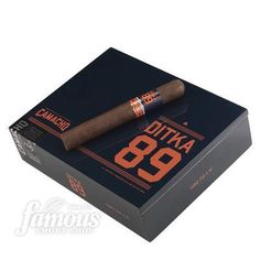 Mike Ditka 89 Special Ed. Cigars - Maduro Box of 20 Order Now: http://www.famous-smoke.com/mike+ditka+89+special+ed.+cigars/item+43792