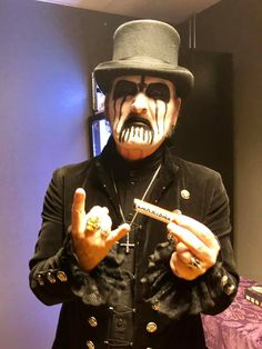 Mercyful Fate, Heavy Metal Girl, King Diamond, Rockn Roll, Thrash Metal, Metal Bands, Black Metal, Headphones, Goth