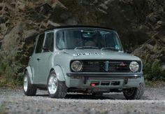 Mini Cooper S, Mini Cooper Classic, Cooper Car, Mini Cooper Clubman, Mini Countryman, Classic Mini, Classic Cars, Fancy Cars, Cool Cars
