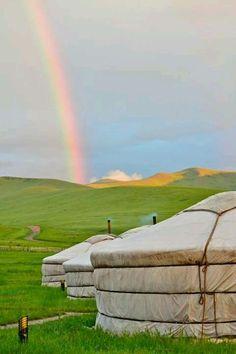 Arco iris en el campo de Mongolia