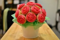 buque cupcakes vermelho