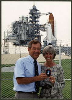 Ohio University Libraries; Voinovich Collections | George and Janet Voinovich in front of space shuttle