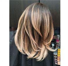 Wycieniowane włosy długie
