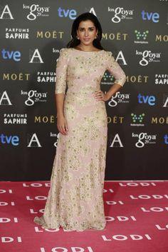 Inma Cuesta se decantó por un romántico vestido en rosa pastel con bordado de flores de Dolores Promesas.