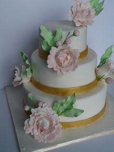 Peonie wedding cake www.laura-moser.com