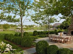 Photo of Green New Traditional Outdoor project  by Edmund D. Hollander Landscape Architect Design
