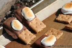 toddler friendly s'mores!